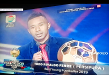 Todd Rivaldo Ferre Raih Best Young Footballer 2019. Richard (LPC)